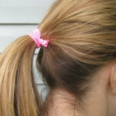 OH SO PRETTY the DIARIES: the DIY: NO FRAY EMI-JAY INSPIRED HAIR TIES no crease apparently, will have to try