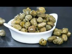 """David Rosengarten visited Pantelleria, Italy, or """"caper heaven."""" He explains the difference between caper buds and berries and debunks a caper food myth that just won't go away. Pollo Piccata, Caper Berries, Pasta Facil, Spinach Soup, Fiber Rich Foods, Healthy Soup Recipes, Healthy Food, Food Items, Food Hacks"""