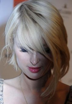 Chic Medium Asymmetrical Haircuts - This is kinda like Alyssa Barlow's!