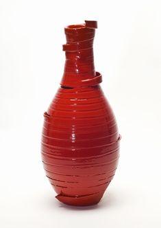 http://yukihirokaneuchi.com/files/gimgs/31_ribbon-vase.jpg