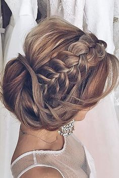Killer Swept-Back Wedding Hairstyles ❤ See more: http://www.weddingforward.com/swept-back-wedding-hairstyles/ #weddings