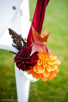 Beautiful fall-themed aisle markers for a mountainside wedding. Love these! {Mosca Photo}