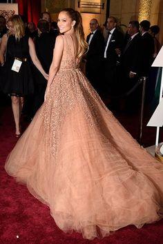 Красивые платья из коллекций 2015 года.