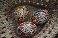Des oeufs décorés en Roumanie