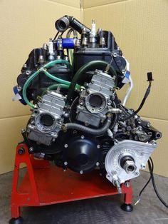 Suzuki RG500 motor.