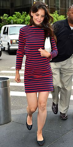 Stripes are the red lipstick of clothing: they make the whole look without much else. Katie Holmes's dress looks cute with simple Bloch flats and a white bag.