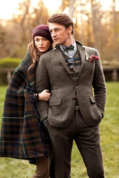 Tartan and tweed. might be time to renovate my Wal-martish wardrobe. Been awhile since I've been able to afford to spend money on clothes that didn't come second-hand. Gentleman Mode, Gentleman Style, Look Fashion, Autumn Fashion, Mens Fashion, Fashion Couple, Polo Shirts With Pockets, Preppy Style, My Style