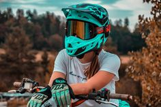 Motocross Love, Motocross Girls, Motorcross Bike, Motorbike Girl, Dirt Bike Riding Gear, Dirt Bike Helmets, Dirt Biking, Triumph Motorcycles, Custom Motorcycles