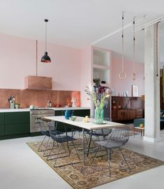 An open kitchen that does not lack character! An open kitchen that does not lack character! Kitchen Interior, Room Interior, Kitchen Decor, Kitchen Design, Open Kitchen, Kitchen Living, Loft Kitchen, Interior Design Inspiration, Home Kitchens