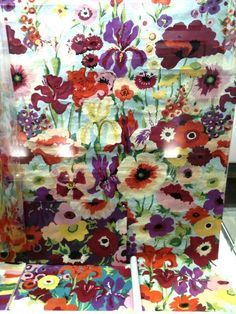 There is currently a free exhibition at the National Theatre of the design story of the Collier Campbell sisters, prolific pain. Textile Design, Fabric Design, Sarah Campbell, Textile Fabrics, Garden Art, Print Patterns, Sisters, Designers, British