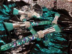 Teal Liquid Aquarium Glitter Makeup Brush Set by SheWhoSparklesCo on Etsy https://www.etsy.com/listing/556875501/teal-liquid-aquarium-glitter-makeup