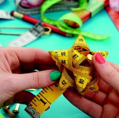 How to make a measuring tape rosette