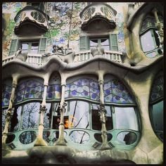 Casabattlo Gaudi Architecture Barcelona Spain... I cannot wait to see his work in real life! Hurry up spring break!