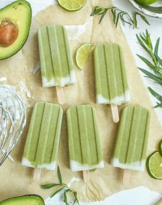 Tropical Avocado Popsicles from Cooking Stoned. A deliciously creamy frozen treat with all the nutritional goodness of avocado, lime and coconut milk. The perfect way to cool down on a hot summer's day. Its wierd but Avocado so it must be good! Avocado Popsicles, Healthy Popsicles, Breakfast Popsicles, Coconut Popsicles, Popsicles Diy, Avocado Pudding, Healthy Popsicle Recipes, Healthy Recipes, Helado Natural