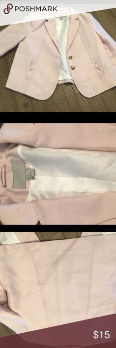 H&M darling light blush blazer. Size 8 H&M blush Size 8 blazer. Darling, never been worn. Cleaning out my closet. H&M Jackets & Coats Blazers