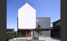 アトリエ サンカクスケール株式会社 野方の二世帯住宅  http://www.kenchikukenken.co.jp/works/1115022729/506/