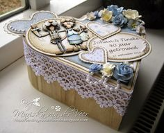 Sending you a little smile :): 40th Wedding anniversary gift box