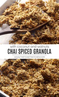 Chai Spiced Granola recipe - by The Toasty Kitchen #granola #recipe #breakfast #snack #oats #walnuts #chaispice #spicedgranola #chaispicedgranola #chaigranola #homemade #mealprep #recipe Healthy Breakfast Meal Prep, Nutritious Breakfast, Delicious Breakfast Recipes, Brunch Recipes, Breakfast Ideas, Granola Nutrition, Lemon Blueberry Pancakes, Nut Recipes