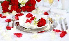 Decorar mesa romantica para dos