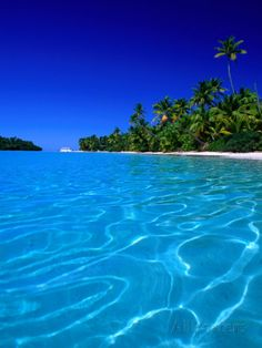Tropical Lagoon Waters, Aitutaki, Southern Group, Cook Islands por Peter Hendrie