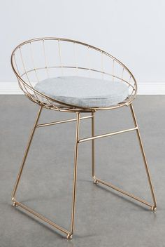 "Materials: Metal, linen (pad) Measurements : 25.5""h x19.5""w x18""d pounds, 8 pounds Seat height: 19"" Colors: gold, gray (pad) #modernfurniture2016"