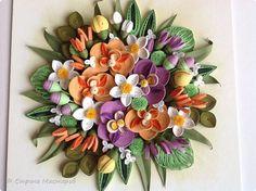 Картину сделала в подарок маме на её 60-летие, она у меня очень нежная поэтому такое название и цвета нежные, как она любит. Работа немного похожа на предыдущую, так как и мама и женщина, для которой был сделан букет Экзотика, родились в один день и в один год. Орхидеи из полос 1,5мм, остальные детали из 3 мм. Фон сухая пастель.  фото 2