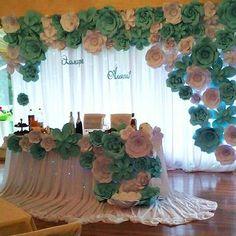 Gardening – Gardening Ideas, Tips & Techniques Paper Flower Art, Paper Flowers Craft, Giant Paper Flowers, Flower Wall Decor, Flower Decorations, Wedding Decorations, Foam Crafts, Diy And Crafts, Craft Foam