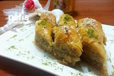 Cevizli Kıyır Kıyır Ev Baklavası (Püf Noktalarıyla- Resimli- Mutlaka Deneyin) Tarifi Soy Sauce Alternative, Turkish Recipes, Ethnic Recipes, Vegetable Protein, Soy Protein, Spanakopita, Easy Desserts, Deserts, Easy Meals