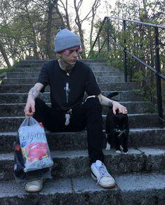 @TrashySoda Grunge Guys, Skater Boys, Aesthetic Boy, Dream Boy, Tumblr Boys, Male Poses, Cute Disney, Hot Boys, Beautiful Babies