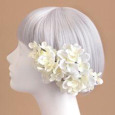 ウェディング ヘッドドレス・花 髪飾りairaka_ヘッドドレス・髪飾り/紫陽花のヘアピック(白)