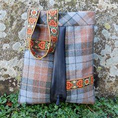 A shoulder bag made of recycled tweed inner tube by happytasja Bag Making, Tweed, Messenger Bag, Upcycle, Recycling, Satchel, Shoulder Bag, Wool, Trending Outfits