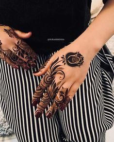 Modern Henna Designs, Latest Henna Designs, Floral Henna Designs, Henna Tattoo Designs Simple, Arabic Henna Designs, Back Hand Mehndi Designs, Mehndi Designs Book, Mehndi Designs For Beginners, Mehndi Design Photos