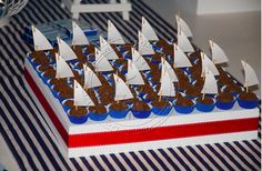 Barquinhos de brigadeiro Mickey Birthday, Boy Birthday Parties, Baby Shower Parties, Anchor Baby Showers, Sailor Party, Bear Party, Nautical Party, Boy Baptism, Holidays And Events