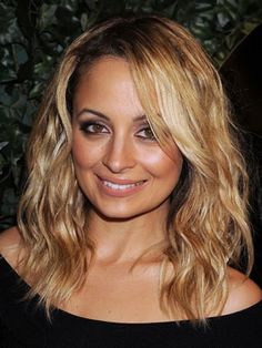 Nicole Richie Hairstyles - February 25, 2011 - DailyMakeover.com