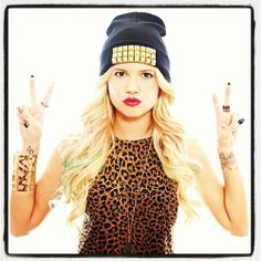 Discovered by Selina Kyle. Find images and videos about swag, young and reckless on We Heart It - the app to get lost in what you love. Channel West Coast, Beatiful People, Chanel West, Skai Jackson, Bonnie Wright, Nikki Reed, Beautiful Young Lady, Gorgeous Blonde, American Rappers