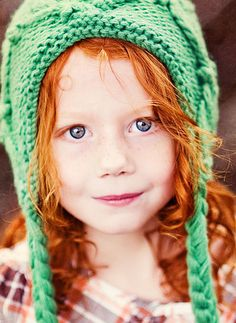 Adorable hat and the little redhead is adorable too!