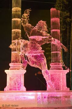 Warrior and columns ice sculpture