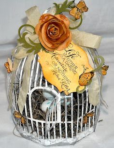 i want to decorate bird cages! Hobbies And Crafts, Arts And Crafts, 3d Paper Crafts, Paper Crafting, Love Birds Wedding, Spring Birds, Bird Cages, Love Craft, Bird Art