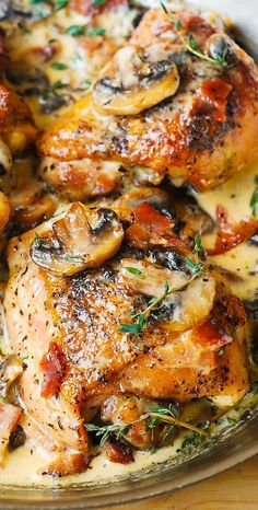 BAKED Chicken Thighs with Creamy Bacon and Mushroom Thyme Sauce. Easy, delicious… BAKED Chicken Thighs with Creamy Bacon and Mushroom Thyme Sauce. Bacon Stuffed Mushrooms, Bacon Mushroom, Mushroom Chicken, Mushroom Sauce, Mushroom Recipes, Best Chicken Thigh Recipe, Recipe Chicken, Chicken Bacon, Healthy Chicken Thigh Recipes