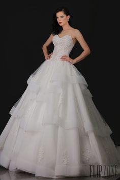Appolo Fashion 2016 collection - Bridal - http://www.flip-zone.com/Appolo-Fashion-6162