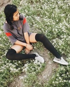 @bakedphotato /// sitting in flowers / fields of white / fields of white flowers / tall socks / grunge fashion / boho grunge / boho indie / portrait photography / instagram photographer / big t shirts / loose and comfy