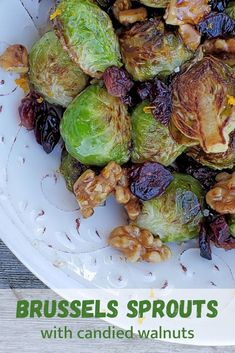 Brussels Sprouts with Candied Walnuts is a delicious side or vegetarian meal! Vegan Vegetarian, Vegetarian Recipes, Cooking Recipes, Healthy Recipes, Yummy Recipes, Cooking Tips, Cranberry Growing, Lemon Roasted Potatoes, Walnut Recipes