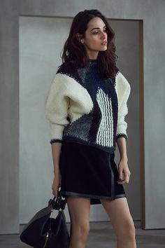 7b3ea21f19a6 REISS AW17 Womenswear Lookbook Look 2 Reiss