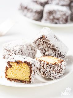 Lamingtons - sweet little cake-bites rolled in coconut flakes made Paleo Paleo Sweets, Gluten Free Sweets, Paleo Dessert, Dessert Recipes, Cookie Recipes, Healthy Cake, Healthy Treats, Pinwheel Sugar Cookies, Paleo Grubs