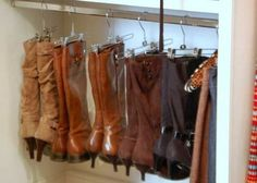 Great way to store boots! 27 Life Hacks Every Girl Should Know About . Wish I had this many boots! 27 Life Hacks, Life Tips, Skirt Hangers, Pant Hangers, Clothes Hangers, Diy Hangers, Hanger Hooks, Metal Hangers, Lifehacks