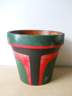 Boba Fett Star Wars Painted Flower Pot by GingerPots on Etsy: Pat? Star Wars Crafts, Geek Crafts, Diy Crafts, Flower Pot Crafts, Clay Pot Crafts, Painted Flower Pots, Painted Pots, Hand Painted, Star Wars Birthday