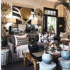 Grey and Gold 📷 Decor, Interior Design, Chic Decor, Living Room Grey, Living Decor, Room, Interior, African Interior, Home Decor