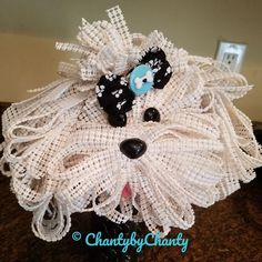 Dog Crafts, Diy Craft Projects, Crafts To Make, Dog Wreath, Home Decor Sets, Puppies, Wreaths, Dog Stuff, Dollar Tree
