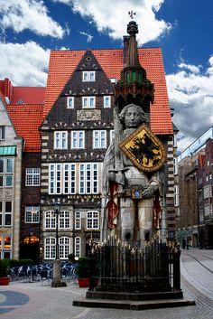 Bremen ♥  ♥  ♥  Wir lieben Deutschland. Deutschland liebt die Trinkflasche aus Glas von EPiCO BOTTLES. Finde sie auf https://epicobottles.de/