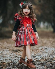 10 Sweet Christmas Dress for Girl - Christmas is coming, and your girl has grown so much lately? Don't worry. We have several options for Christmas dress for girl. Toddler Girl Outfits, Toddler Dress, Baby Dress, Kids Outfits, Toddler Girls, Summer Outfits, Red Christmas Dress, Girls Christmas Outfits, Plaid Christmas